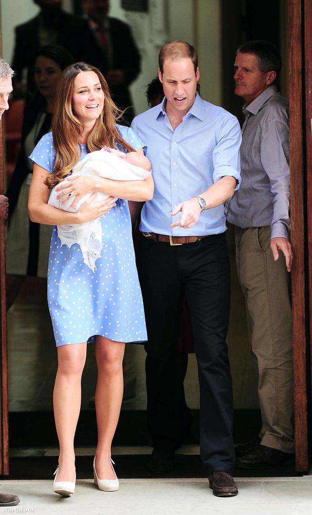 2013. július 24.: A szülés után pár órával meg is mutatta gyermekét Katalin. Pöttyös ruhája Diana szettjét idézi, domborodó hasa sok nőnek adott reményt, hogy nem kell azonnal lapos hasat villantani szülés után.