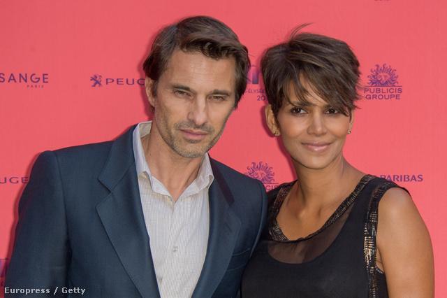 Halle Berry és Olivier Martinez nem babonásak: július 13-án házasodtak össze Franciaországban