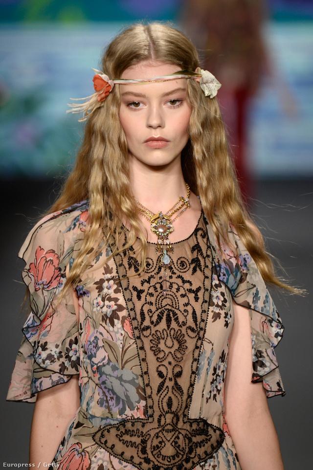 A 15 éves Ondira Hardin-ra igényt tartott idén a Chanel és a Vogue is