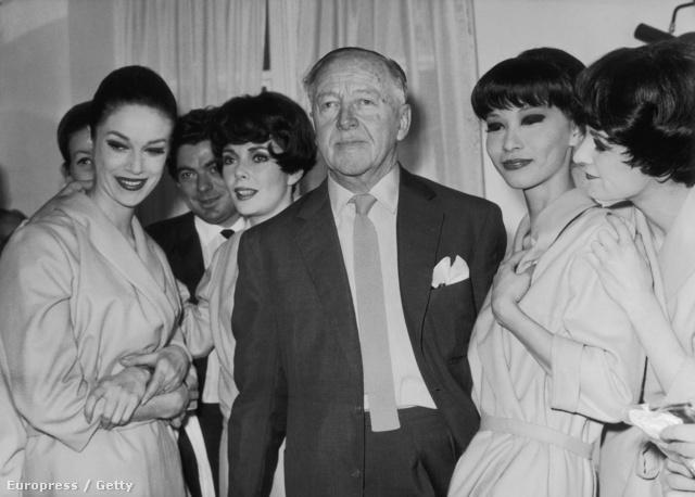 A brit származású Molyneux eredetileg festőnek készült, de végül mégis a Lucile ház vezetőjének, Lady Duff-Gordonnak az asszisztense lett.
