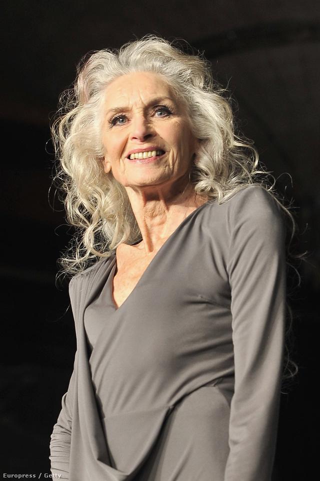 A 85 éves Daphne Selfet a világ egyik legidősebb modelljeként tartják számon.