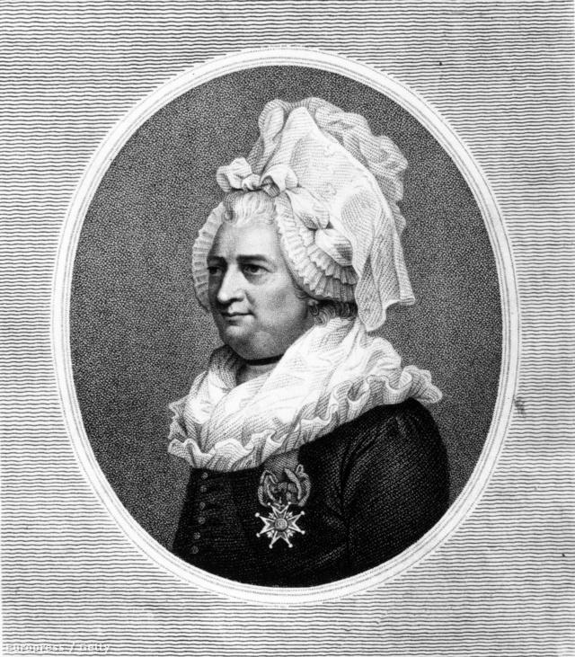 Feltehetően Chevalier d'Eon  lehetett az első transzvesztita vagy transzszexuális ember, aki nyíltan vállalta másságát.