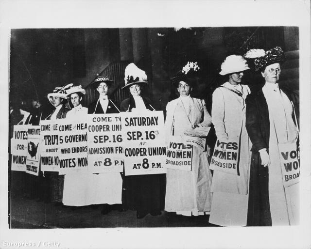 Muriel Matters 1905-ben költözött Nagy-Brittaniába, hogy híres színésznő legyen, de karrierjét hamarosan háttérbe szorította a politika és a szüfrazsett-mozgalom.