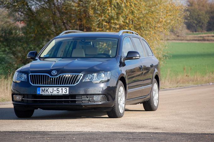 Totalcar Magazine New Cars Koda Superb Combi Elegance