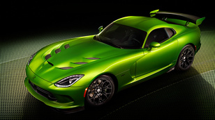 Furcsa színnel újít az SRT Viper