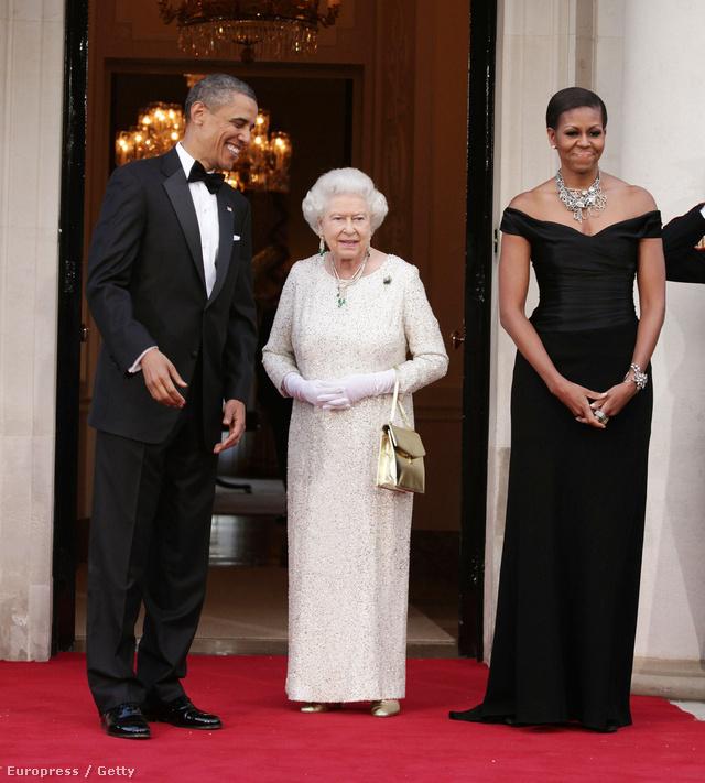 Erzsébet királynéval és Barack Obamával 2011 májusában.