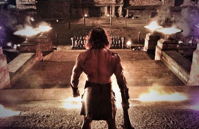 Trailer híján csak képet mutatunk: Rock az Origo stúdió udvarán felhúzott palotadíszletben feszít
