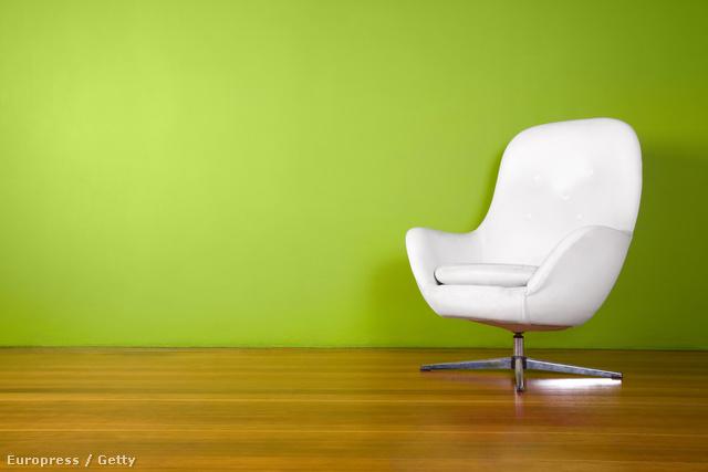 Az ötvenes években tervezett formákból táplálkozik a mai napi a bútoripar.