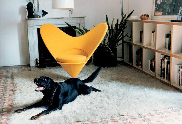 Panton a fröccsöntött műanyag és egymásra rakható székek legelső tervezője.