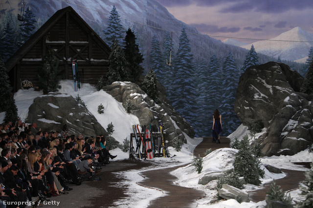 Alpesi hangulatot varázsolt Hilfiger a kifutóra.
