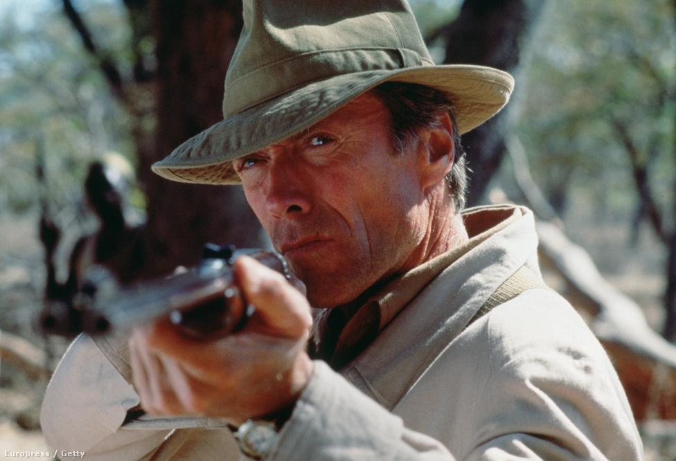 Nem úgy Clint Eastwood, aki a Filmakadémia nagy kedvence. A kép az Elefántvadász forgatásán készült 1990-ben, a film, amelyet Eastwood rendezőként és főszereplőként jegyez, a Cannes-i Filmfesztiválon mutatkozott be. Legutóbb a Millió dolláros bébiért nyert rendezői Oscart, színészként még nem kapta meg az elismerést.