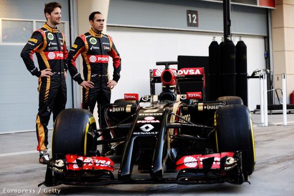 A Lotus E22 Grosjeannal és Maldonadóval