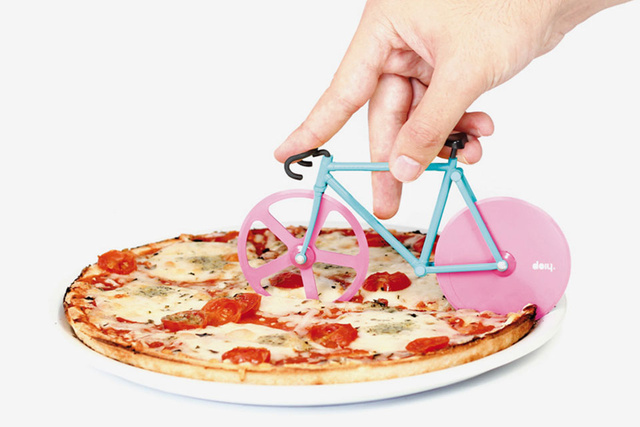 Már biciklivel is felszeletelheti pizzáját ha akarja