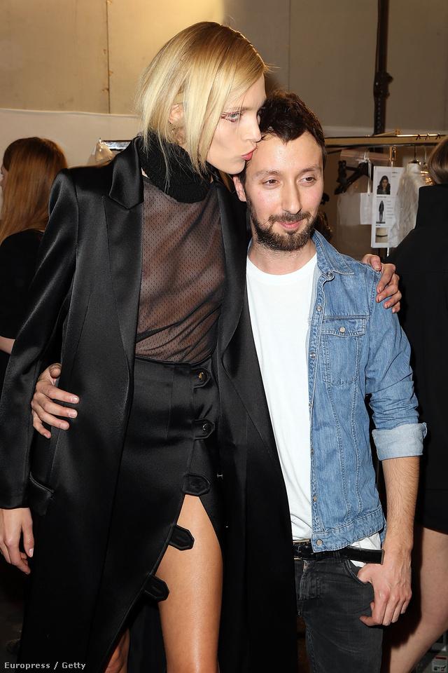 Anthony Vaccarello és kedvenc modellje, Anja Rubik.