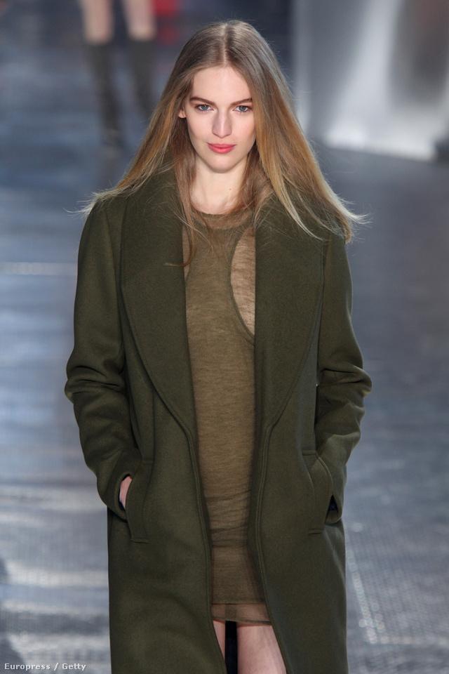 Axente Vanessa nyitotta a H&M Studio bemutatót.