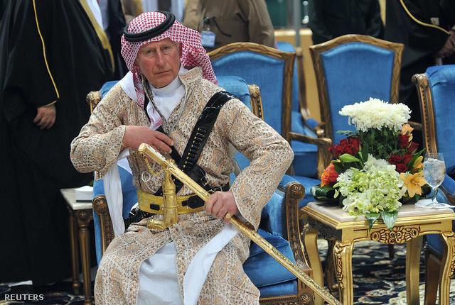 Károly herceg szaudi hercgként. Az utóbbi hónapok egyik legjobb fotója.