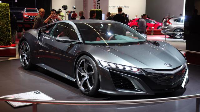 Az NSX-tanulmány a tavalyi Frankfurti Autószalonon