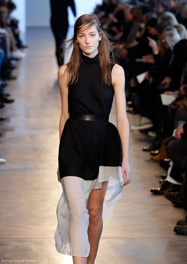 A Society Management francia származású modellje, Joséphine Le Tour már az elmúlt szezonban is vezette a listát New Yorkban, de idén sincs oka a panaszra, hiszen 25 bemutatón vett részt