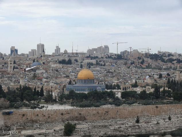 Jeruzsálem látképe az Olajfák hegyéről