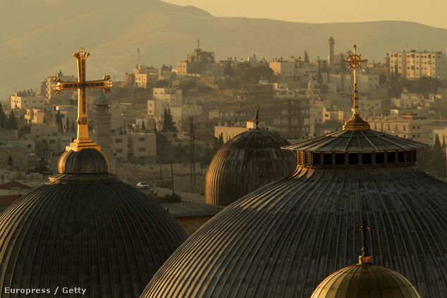 A Szent Sír Bazilika kupolái
