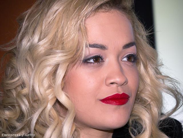 Rita Ora ettől tuti nem fél.