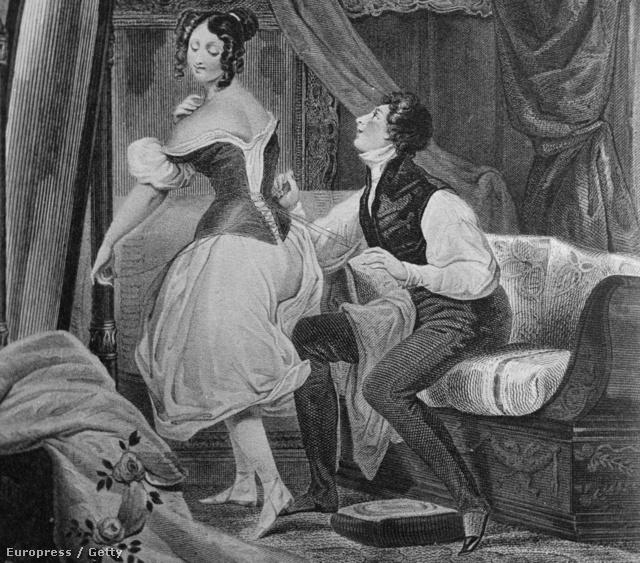 1750 körül: egy férfi segít öltözni feleségének: az alacsonyabb rangú néprétegek igyekeztek követni a nemesek divatmániáját.