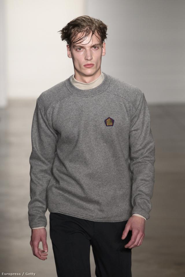 A letisztultság idén télen egyet jelent a Nort Face gyapjú pulóverrel, a, kényelmes nadrággal és a New Balance cipővel.