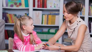 Tíz éves a nőgyógyásznál, mint a nyárfalevél
