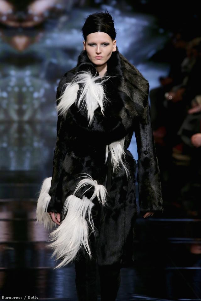 Donna Karan sem hagyta ki a szőrmét 2014-es kollekciójából.