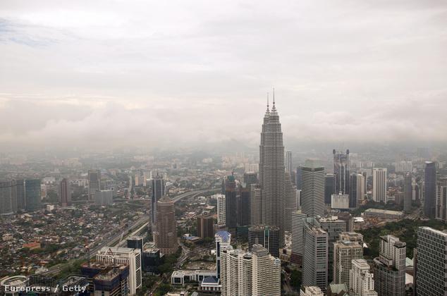 A város látképe tisztább időben, 2014 márciusában