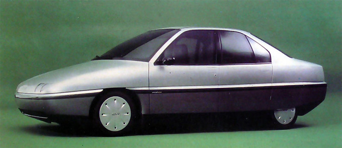 This Pininfarina CNR E2 is the living proof that traditional three-box designs can be highly efficient if you get rid of protruding elements and thick gaps. With an engine of only 78 PS this concept car could reach 205 kph.