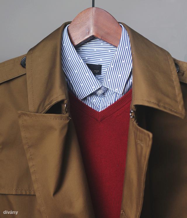 A borvörös és az olívazöld kiválóan megfér egymás mellett - a kék-fehér csíkos ing pedig szinte mindenhez megy.