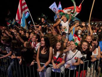 Mit csinálnak a magyar szélsőjobbosok Romániában?