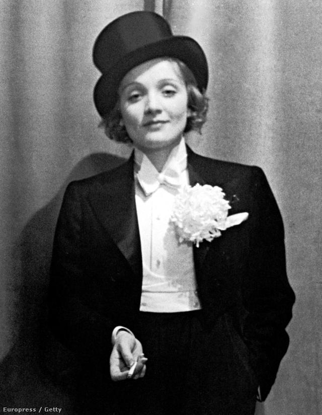 Marlene Dietrich a húszas években hozta divatba a tuxedót.