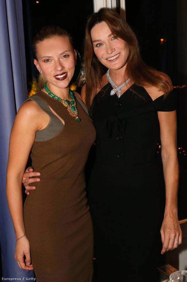 Scarlett Johansonnal a Vogue és a Bulgari estélyén Párizsban.