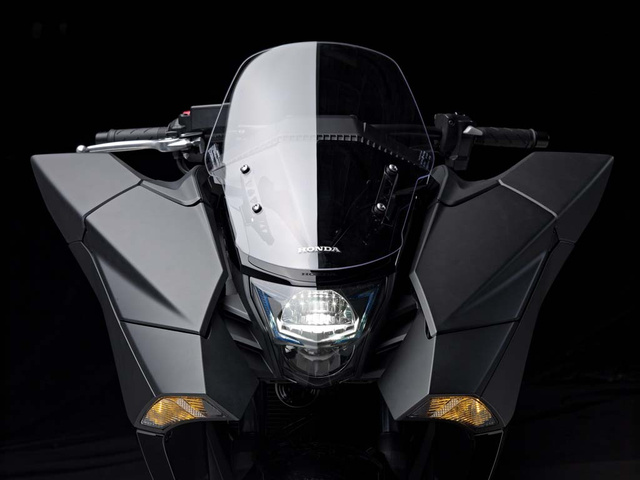 032114-2014-honda-nm4-vultus-concept-16