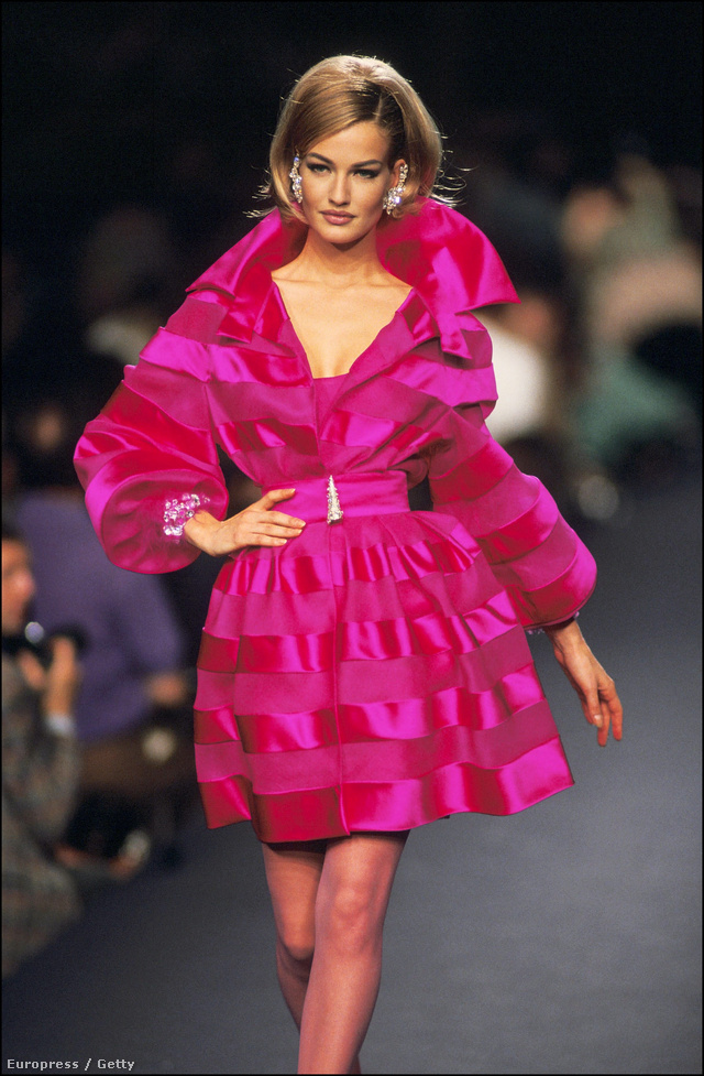 A rózsaszín kabát is gyakran felbukkan a kollekciókban.