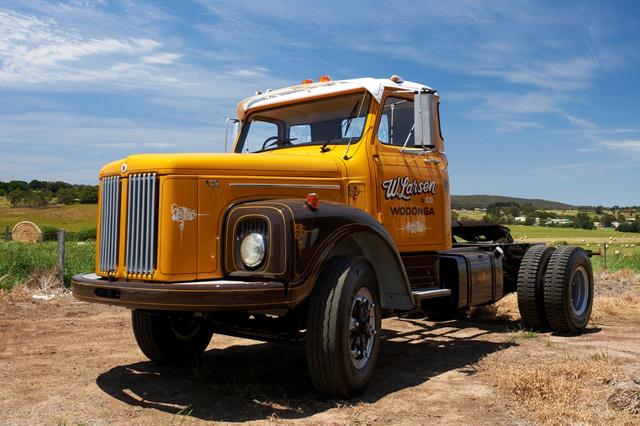 416567 highres Scania L111 oldalról