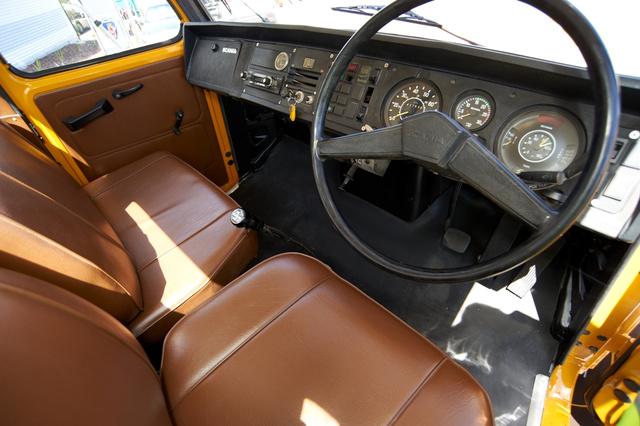 416565 highres Scania L111 belső