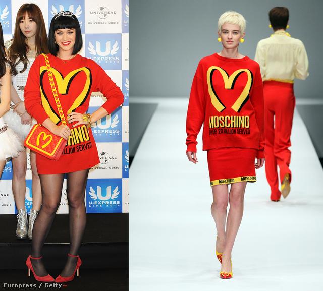 Katy Perry Chanel nyaklánccal és a francia divatházat idéző, de valójában a Moschino márka égisze alatt született táskával.
