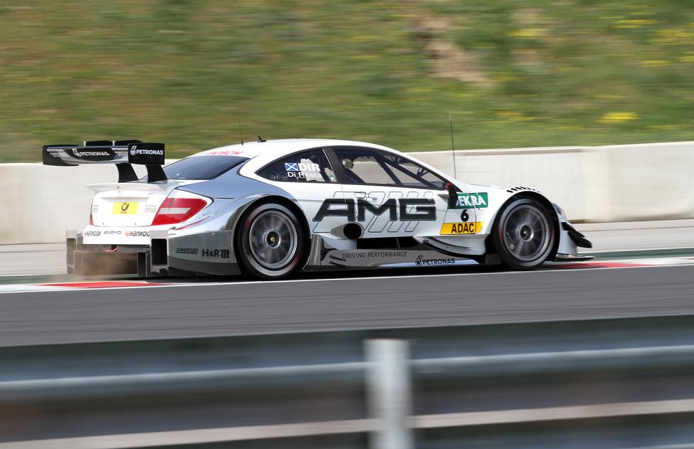Paul Di Resta 2010-ben nyert már DTM-et, igaz utána három évig különösebb feltűnés nélkül versenyzett a Force Indiában. A tékozló fiú visszatért a Mercedeshez.