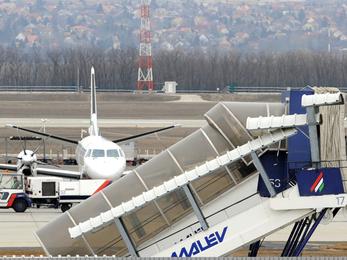 Új magyar nemzeti légitársaság alapításáról tárgyalt az NFM