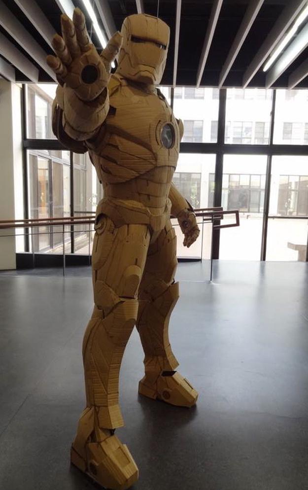 cardboard-iron-man