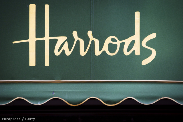 A luxusáruházat Charles Henry Harrod alapította 1834-ben, ami olyan jó befektetésnek tűnt, hogy 1880-ra már száz alkalmazottal dolgoztak együtt. Logójukra 1967-ig mégis várni kellett.