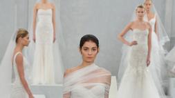 Csipkében és dekoltázsban bővelkedik a 2015-ös esküvői trend