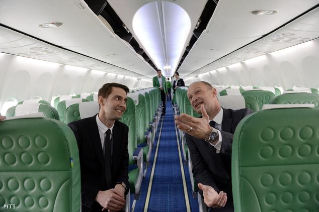 Jost Lammers, a Budapest Airport vezérigazgatója  és Hervé Kozar, a Transavia France vezérigazgatója