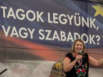 Olga és Szanyi kapitány a Jobbik mumusa