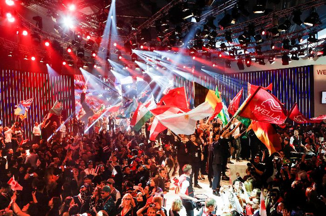 A Wella Professionals tizenegyedik alkalommal rendezte meg a Nemzetközi TrendVision Award verseny döntőjét, ezúttal a Hairworld fodrász világbajnoksággal egybekötve.