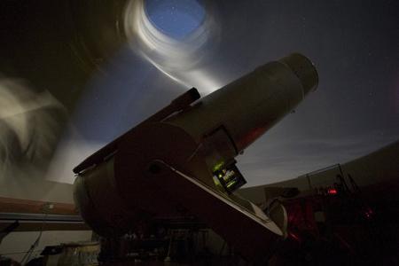 Éjszakai üzemmódban a nagy Schmidt-teleszkóp