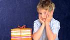 Ajándékozzunk vagy ne ajándékozzunk gyermeknapra?